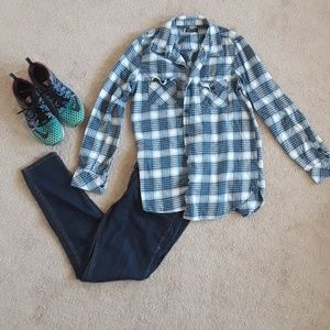 Plaid blue volcom shirt size medium